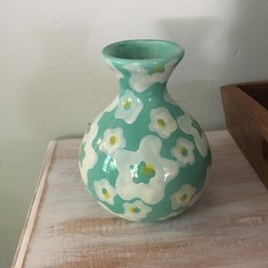 Anthropologie Turquoise Daisy Floral Vase